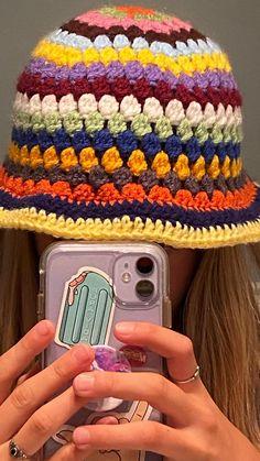 Crochet Beanie, Cute Crochet, Crochet Motif, Crochet Designs, Crochet Yarn, Knitted Hats, Crochet Patterns, Baby Girl Crochet Blanket, Diy Crochet Projects