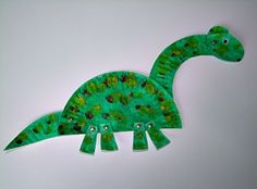 Paper plate dinosaur! Toddler craft ideas.. maybe just with construction paper. add legs and color?