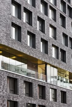 PARIGI: IL NUOVO DAY-CARE AND YOUNG WORKERS HOSTEL