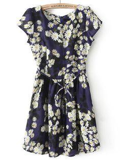 Vestido plisado margarita manga corta-azul EUR€19.46