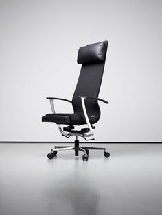 gesundes sitzen und regeneration am arbeitsplatz mit maniola brechen im b ro nun bewegte zeiten. Black Bedroom Furniture Sets. Home Design Ideas