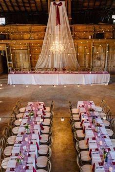 110409_white-drapes-for-a-barn-wedding-688d655435dee515.jpg (390×584)