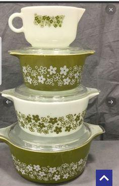 Vintage Kitchenware, Vintage Dishes, Vintage Pyrex, Pyrex Cookware, Tapas, Corelle Ware, Retro Kitchens, Girl Cave, Pyrex Bowls