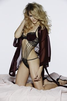 La Senza is your destination for world's sexiest bras, panties & lingerie at seriously hot deals. Black Lace Lingerie, Teddy Lingerie, Corset, Victoria Secret Angels, Sexy Bra, Strike A Pose, Bikini Models, Bikini Swimwear, Girl Photos