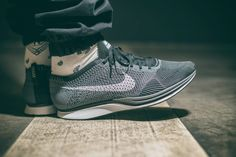Nike Flyknit Racer: Dark Grey/White/Black