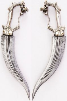 """Iruvian daggers -""""Jira blades"""" ceremonial style - Blades in the Dark - a knife in the dark, the shadow you'll never see"""
