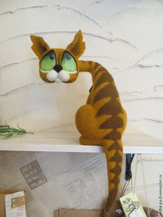 Very cute idea - needle felted shelf cat by Svetlana Parfenova from Russia