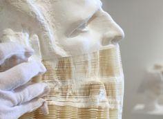Artist's mind-bending paper sculptures are wood-free (Video) : TreeHugger