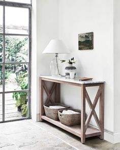 Hallway Table Decor, Hallway Decorating, Decorating Your Home, Diy Home Decor, Hallway Furniture, Hallway Console Table, Narrow Hall Table, Timber Furniture, Home Staging
