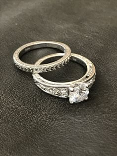 A decision is made with the mind, a commitment is made with the heart ❤️ #style WB356WD2 WS356WD2 #peterstormjewelry #silver #diamond #ring #engagementring #marriage #shesaidyes #howheasked #anniversary #gorgeous #inlove #iphone #facebook #instamood #friday