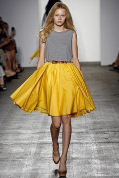 Karen Walker gray and yellow skirt
