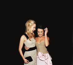 Lea michele and Dianna Agron too cute! Glee ♥