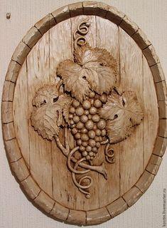 Купить Гроздь винограда - резное панно, резная картина, резьба по дереву, картина для интерьера