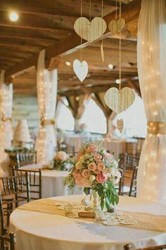 Decoração para festa de casamento... Simples e lindo...