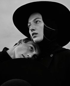 Elegant black and white fashion photography by Elizaveta Porodina for the VOGUE Ukraine November 2015 edition. Elizaveta Porodina is a freelance fashion ph