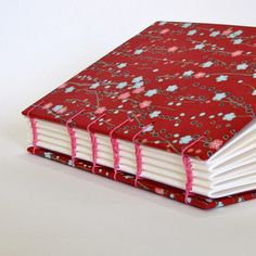 coptic bookbinding... I love this etsy shop...