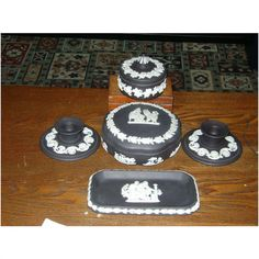 Black Wedgwood Jasper Ware 5 PIECE SET in excellent condition Listing in the Ornamental & Decorative,Wedgwood,China & Porcelain,Porcelain, Pottery & Glass Category on eBid United Kingdom