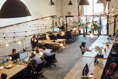 Creating An Office Space For Happy, Productive Employees – Cool Office Space Open Space Office, Flex Office, Office Spaces, Work Spaces, E Commerce, Great Place To Work, Workspace Design, Co Working, Coworking Space