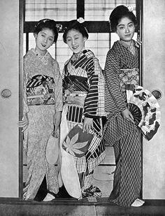 "Herbert Ponting (1870-1935) Geisha - From the book ""In Lotus-land Japan"" - 1910"