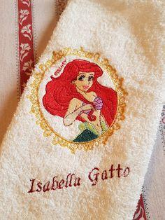 Asciugamani E Bavaglini Personalizzati.28 Fantastiche Immagini Su Asciugamani E Lenzuolini Ricamati
