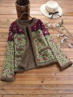Trendy Gracila Vintage Floral Print Patch Fleece Long Sleeve Jacket Online - NewChic ✫♦๏☘‿SA Nov 30 , ༺✿༻☼๏♥๏写☆☀✨ ✤ ❀‿❀ ✫❁`💖~⊱ 🌹🌸🌹⊰✿⊱♛ ✧✿✧♡~♥⛩ 💓🌸💓 ⚘☮️❋⋆☸️ ॐڿ ڰۣ(̆̃̃❤⛩✨真♣ ⊱❊⊰ 💐🌺💐✤. Vetement Fashion, Themed Outfits, Jackets Online, Vintage Floral, Coats For Women, Winter Fashion, Floral Prints, Couture, Fashion Outfits
