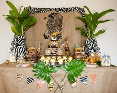 Wilde Candy-Bar! Animal Prints, grandiose Torte! Safari-Party. decorize.de