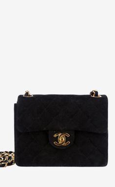 Chanel Black Crossbody | VAUNTE