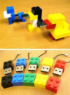A dozen cool/fun/interesting USB drive designs.
