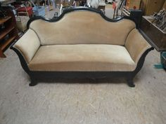 Sofa bei HIOB Chur  #Schnäppchen #Trouvaille