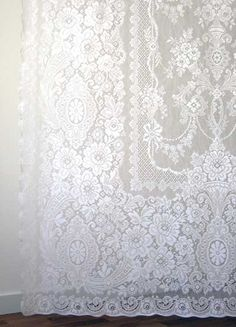Melrose is an all cotton traditional pattern of Nottingham Lace Curtains from Scotand.  Starts at $141.95