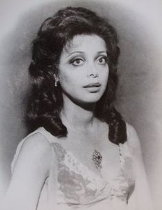 Ellen Holly, the first African American to star in a daytime series(One LIfe to Live, 1968).