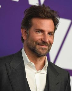 Hollywood's biggest stars step out for the 2019 Oscars luncheon Bradley Cooper Hair, James Mcavoy, A Star Is Born, Celebrity Portraits, Actress Christina, Ryan Reynolds, Pretty Eyes, Christina Hendricks, Celebs