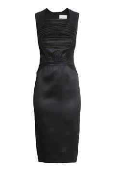 Abito con paillettes | H&M, ora a euro 78,99. versatile, eterno stile hepburn.  C'factor choice sale 2015.