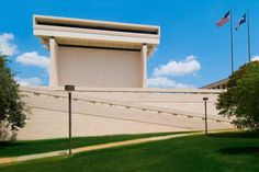 Lyndon Baines Johnson Library and Museum (Texas, USA) - Gordon Bunshaft.  https://en.wikipedia.org/wiki/Lyndon_Baines_Johnson_Library_and_Museum