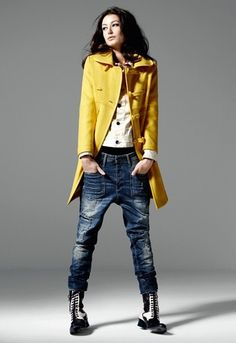 The best selection of contemporary and vintage clothing, luxury brands and more you can buy online now Denim Fashion, Love Fashion, Winter Fashion, Fashion Looks, Fashion Outfits, Womens Fashion, Looks Street Style, Looks Style, Fall Outfits