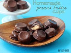 Homemade Peanut Butter Cups made with great chocolate and homemade peanut butter filling. It's a fun candy treat that you can make at home with the kids. Homemade Peanut Butter Cups, Peanut Butter No Bake, Peanut Butter Filling, Almond Butter, Best Peanut Butter Brand, Peanut Butter Brands, Fudge Recipes, Candy Recipes, Copycat Recipes