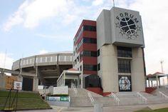 Forum de Valencia - Esyado Carabobo  es un complejo deportivo multiuso, usado principalmente para partidos de baloncesto, presentación de diversos espectáculos y eventos de todo tipo.