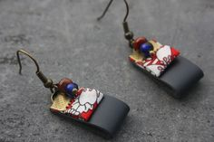 Navy blue leather earrings Red flowery Liberty fabric ribbon Small red and blue pearls Brass color hook buckle real leather costume jewelry, cr – 8349681 Fabric Earrings, Paper Earrings, Diy Earrings, Leather Earrings, Leather Jewelry, Metal Jewelry, Earrings Handmade, Ribbon Jewelry, Origami Jewelry