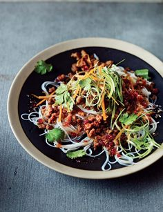 Sweet Chilli Pork with Rice Noodles - The Happy Foodie