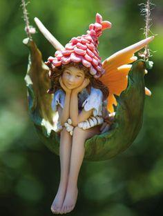 Petal Fairies, Proper Pixie