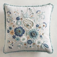 Always a great color combination, blue, white and yellow florals add a fresh feel to our embroidered and fringed pillow. Cushion Embroidery, Embroidery Bags, Embroidered Cushions, Embroidery Patterns, Machine Embroidery, Floral Pillows, Decorative Throw Pillows, Sock Monkey Pattern, Diy Bags Patterns