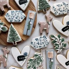 Cute Christmas Cookies, Iced Cookies, Cut Out Cookies, Cute Cookies, Noel Christmas, Royal Icing Cookies, Holiday Cookies, Christmas Desserts, Christmas Baking