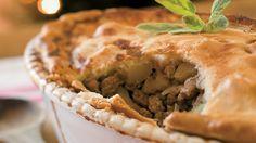Leek, mushroom, and turkey pie from Josée di Stasio Bison, La Tourtiere, Frozen Pastry, Turkey Pie, Lac Saint Jean, Stuffed Mushrooms, Stuffed Peppers, Cooking Turkey, Yummy Food