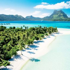 French Polynesia – Infinite shades of blue