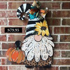 Gnome Door, Snowman Door, Halloween Door Hangers, Fall Door Hangers, Fall Door Decorations, Fall Decor, Fall Projects, Backyard Projects, Sunflower Door Hanger