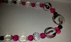What about pink leopard! Hot pink and white beaded necklace. Hot!! by tonispretties on Etsy