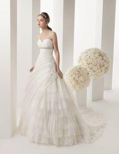 Melody Bridal dress from the 2014 collection by Rosa Clara : Two. Available in Canada at Felichia Bridal (Toronto), Avenue 22 Bridal (North York), Kleinfeld Bridal : Hudson's Bay (Toronto), Mona Lisa Bridal Gallery  (Vaughan), ...