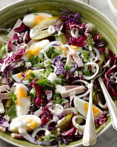 Rode salade met ham Lunches, Cobb Salad, Barbecue, Cabbage, Salads, Good Food, Dishes, Vegetables, Dressing