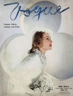 Model wearing bridal gown with orange-blossom crown, necklace, and bouquet, with clover-shaped portal as background Vogue April 1941 © Horst P. Vogue Magazine Covers, Fashion Magazine Cover, Fashion Cover, 1940s Fashion, Vogue Fashion, Vintage Fashion, Classic Fashion, Magazine Art, Fashion News