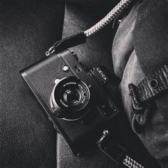 """""""Gorgeous camera portrait. Leica M accompanied by the LT. Seagull strap. Absolute perfection. Photo courtesy @bigheadtaco #sailorstrap #cameragear…"""""""